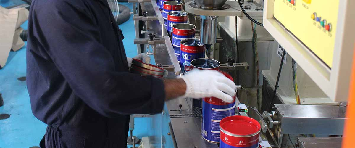 The production process of the upgraded MCB grease